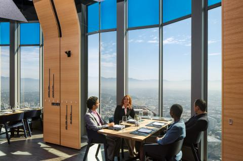 SageGlass at 71above restaurant thermal comfort